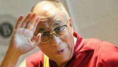 Laureáti Nobelovy ceny se zastali dalajlamy. Nelíbí se jim chování JAR
